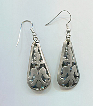 Mexico 900 Silver Drop Pierced Earrings