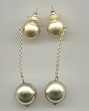 Drop Plastic Gold Tone Ball On Chain & Post Earrings