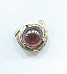 Ruby Glass Tie Pin W/o Chain