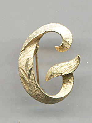 MAMSELLE INITIAL, G, GOLD TONE PIN (Image1)