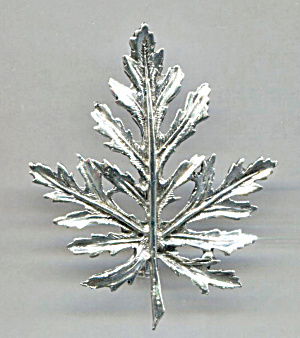 LONG OPEN SILVER TONE LEAF PIN (Image1)