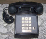 Click here to enlarge image and see more about item 6619c: AT&T PUSH BUTTON DESK TELEPHONE