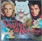 Click here to enlarge image and see more about item 6620e: SIEGFRIED & ROY AT THE MIRAGE,  BOOKLET, 1990