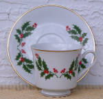 Click here to enlarge image and see more about item 6633g: JAPAN HOLLY & BERRIES CUP & SAUCER SET