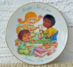 Click here to enlarge image and see more about item 6636a: 1993 AVON MOTHER'S DAY PLATE