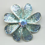 BLUE FLECKED FLOWER PIN