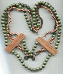 3 STRAND GREEN & BROWN BEADS, WOOD BARS NECKLACE