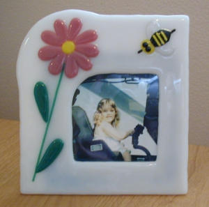 Flower and Bee Fused Glass Picture Frame (Image1)