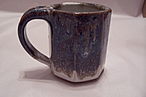 Handmade Art Pottery Mug (Image1)