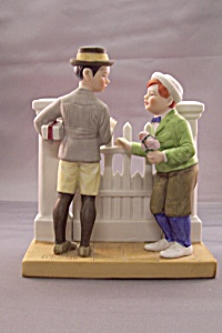 "Norman Rockwell ""The Rivals"" Figurine (Image1)"
