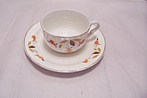 Hall Autumn Leaf Pattern Cup & Saucer Set (Image1)