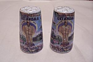 Souvenir Oklahoma Salt & Pepper Shaker Set (Image1)