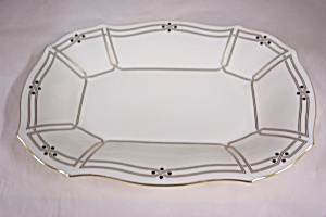 Lenox China Gilt Trimmed Shallow Dish/Platter (Image1)