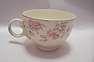 Vintage Rose Pattern Teacups (Image1)