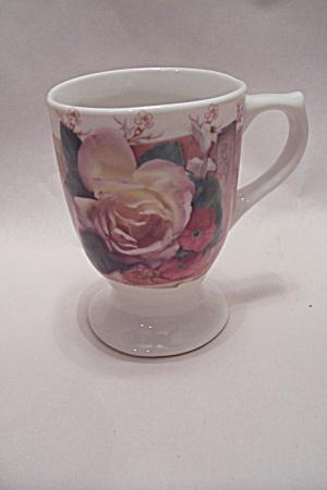 Pedestal Mug With Floral Motif (Image1)