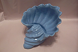 Camark Pottery Blue Shell Planter (Image1)
