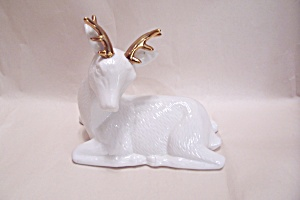 White Porcelain Deer Figurine (Image1)