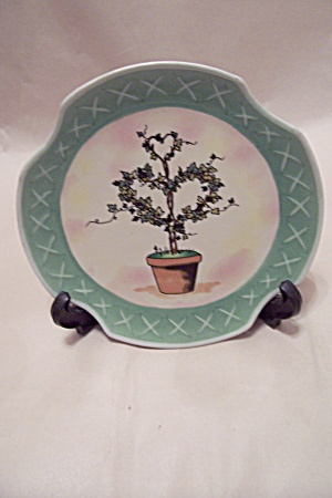 Heart Motif Ivy Tree Collector Plate