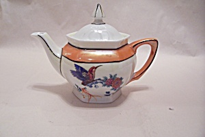 German Lustre Handpainted Hummingbird Teapot (Image1)