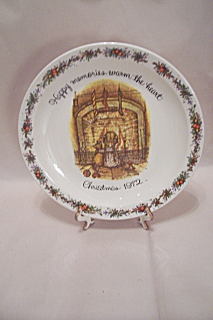 Holly Hobbie Commemorative Christmas 1972 Plate