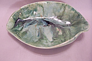 Handmade Green Pottery Oblong Bowl (Image1)