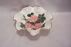 Porcelain Bowl With Folded Rim And Raised Roses Design (Image1)