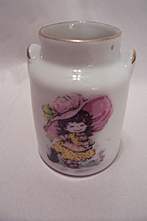 Milk Can Shaped Porcelain Toothpick Holder (Image1)