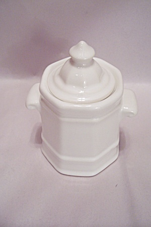 Pfaltzgraff White Pottery Sugar With Lid (Image1)