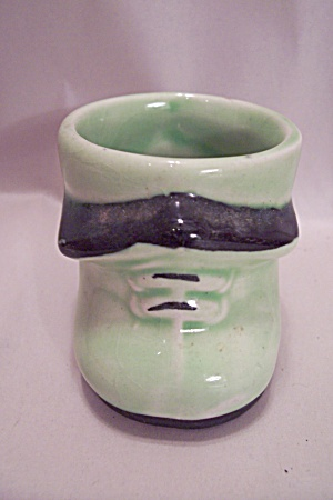 Royal Art Pottery Green Shoe Toothpick Holder (Image1)