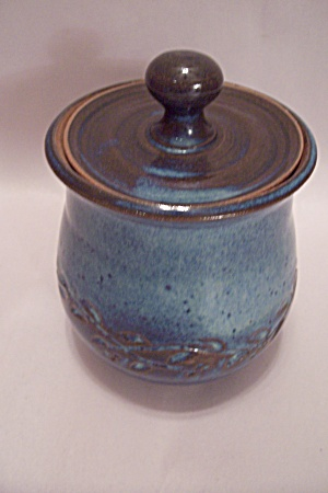 Art Pottery Lidded Jar (Image1)