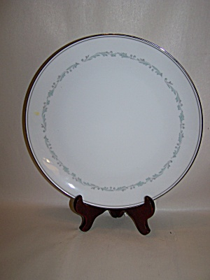 Noritake Brooklane Pattern Fine China Dinner Plate