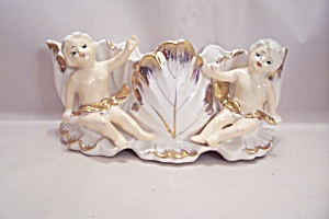 Fine Porcelain Cherub Planter (Image1)