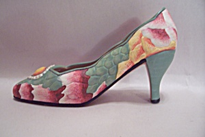Porcelain High Heel Decorative Lady's Slipper