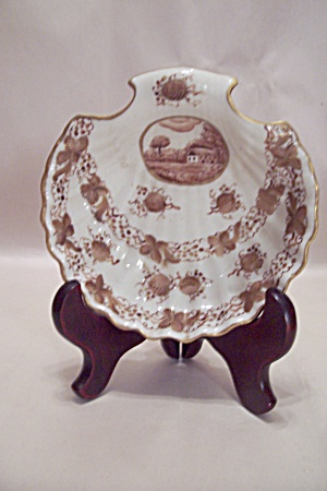 Gilt Decorated Hand Painted Porcelain Candy Dish (Image1)