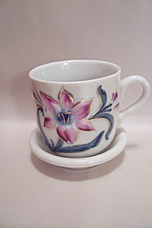 German Floral Design Teacup & Saucer (Image1)