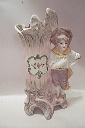 Colonial Boy & Tree Stump Cache Pot Figurine (Image1)