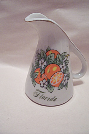 Florida Souvenir Porcelain Pitcher Toothpick  Holder (Image1)