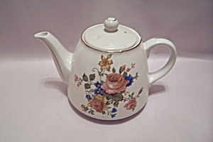 Japanese Rose Decorated Porcelain Teapot