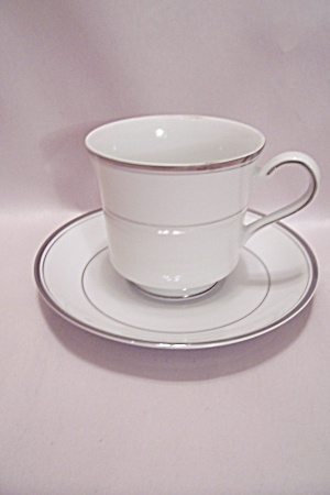 Arlen Fine China Simplicity Pattern Cup & Saucer