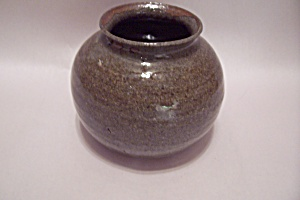 American Hand Thrown Art Pottery Bulbous Bowl
