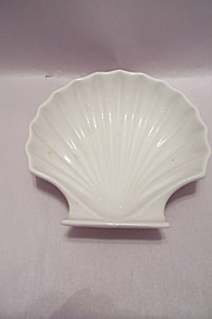 White China Oven Ware Shell Shaped Dish