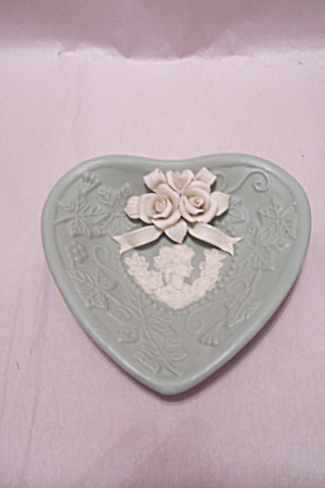 Light Green Porcelain White Rose & Cameo Dish