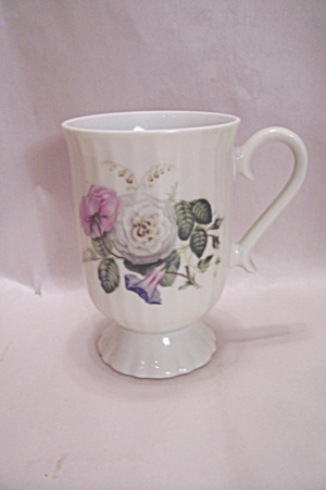 White China Flower Decorated Footed Cup/mug