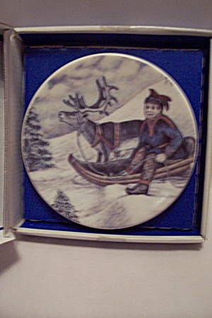 Finnish Reindeer Herdsman And Sledge Collector Plate