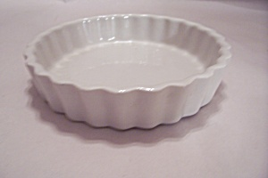 Hall White Pottery Shallow Bowl/dish