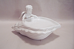 White Porcelain Conch Shell & Angel Soap Dish