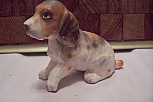 Porcelain Basset Hound Figurine (Image1)