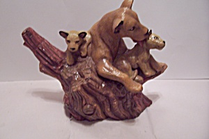Hand Painted Ceramic Art Lioness & Her Cubs Figurine (Image1)