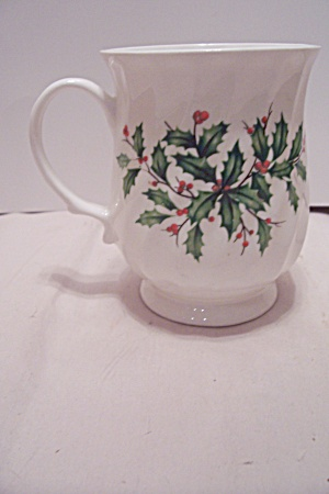 Hitkari Bone China Ivy Decorated Pedestal Cup