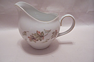 Sone Pattern 1727 Fine China Creamer